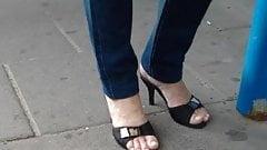 Sexy mature candid feet