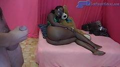 Ebony Stepsister CFNM Interracial Dick-Flashing