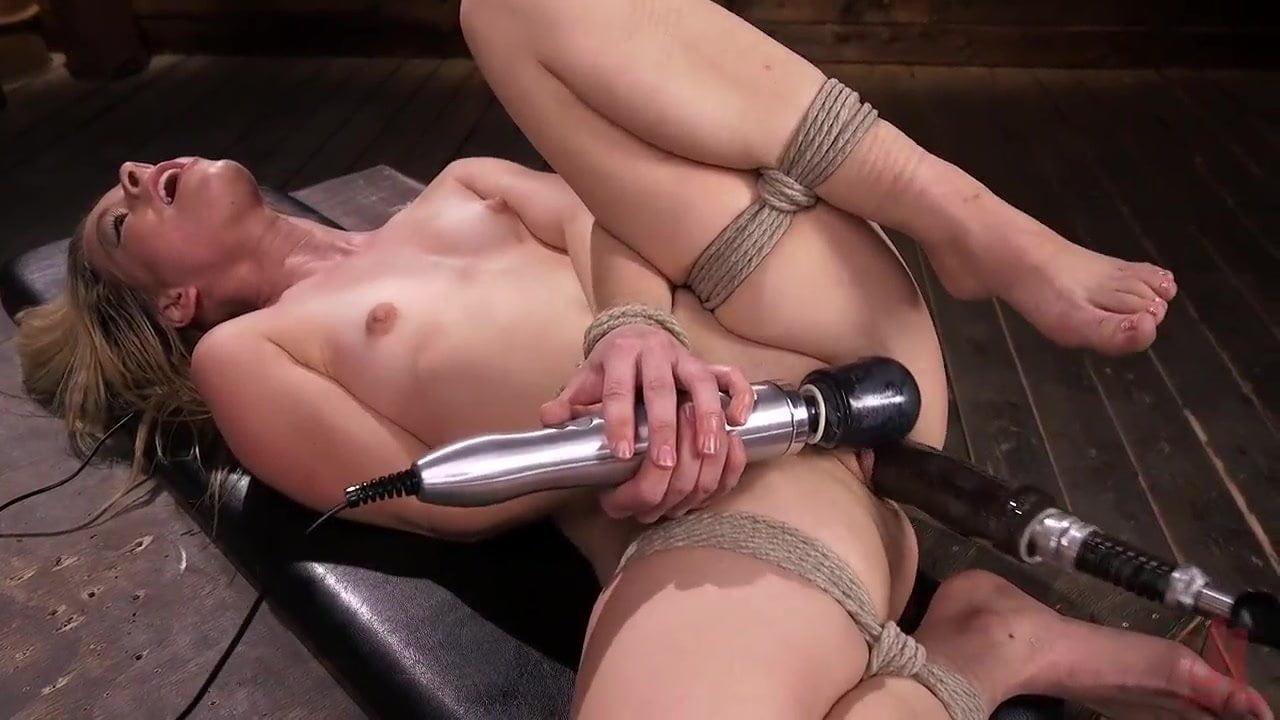 Machine dildo bondage — photo 5
