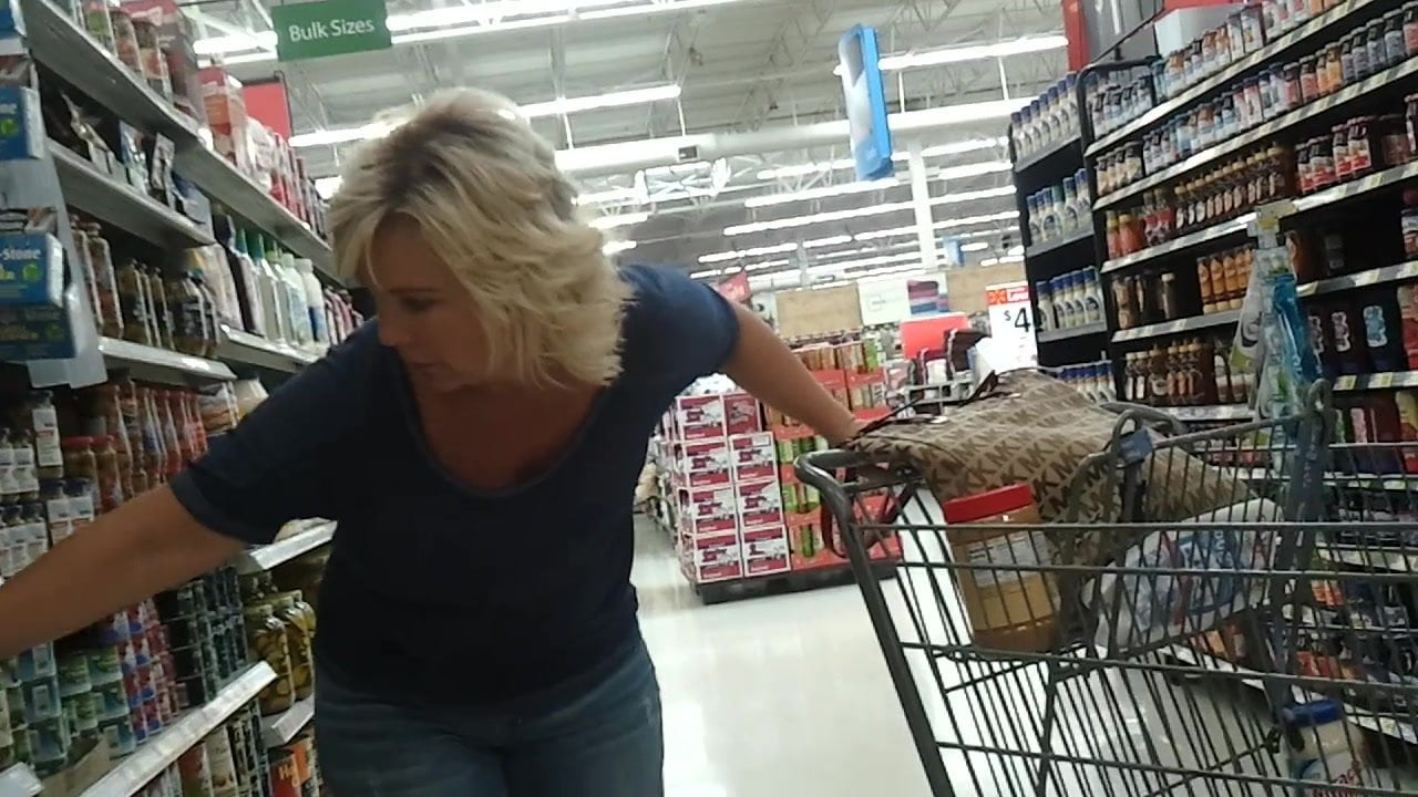 Sexy Blonde Milf At Walmart, Free Free Mobile Sexy Hd Porn-8842
