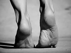 Feet 021 - Tiptoe Soles BW