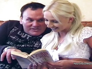 Youjizz porn movies - Homemade porn movies sees fat guy giving thin blonde anal