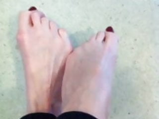 Long Red Pedi Toes Xo