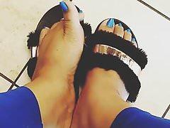 Sexy blue pedi