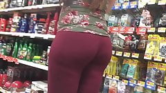 Pregnant PAWG Booty