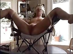 The pleasure of the submissive wife