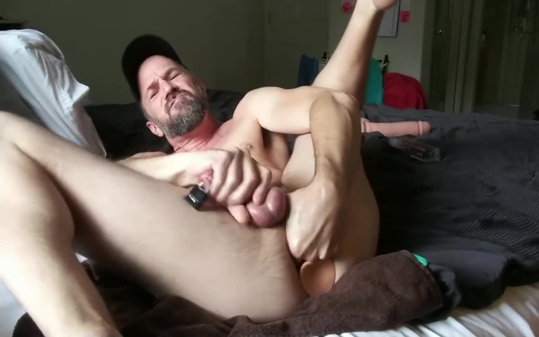 gays sucking dick and balls in 69 sex