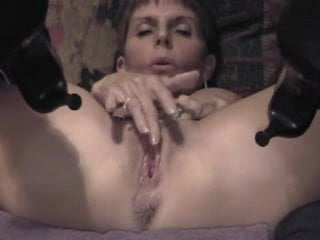 Lesbi fuckin orgasim clip