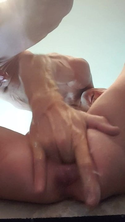 Squirting pussy