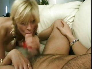 Download video bokep Lisa Crawford Long Red Nails Blowjob Mp4 terbaru