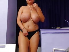 huge tits bbw's Thumb