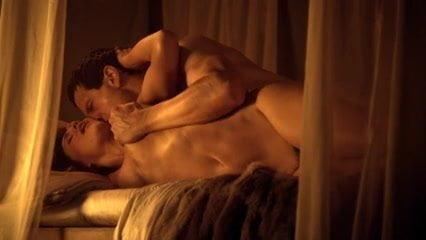 Gay Spartacus sex scen