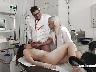 Preview 6 of Der Doktor muss ran!