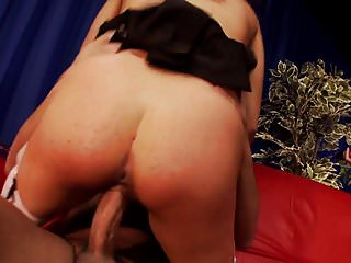 Blonde and brunette MILFs are willing to try DP after seducing horny men
