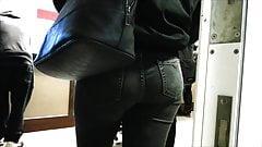 Jeans ass # 6