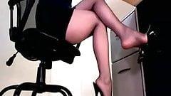 Sexy Secretary Upskirt Underdesk