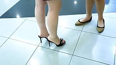 Hot Candid Feet