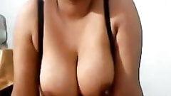 Pakistani wife  boobs
