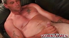 Massive cock wielding hunk cant stop himself from jerking