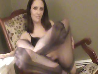 Natasha displaying FF stocking feet and giving fooitjob