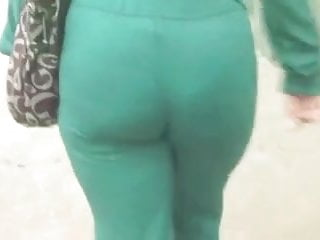 Green Means GO AND WHIP OUT YOUR COCK ON THIS MILF