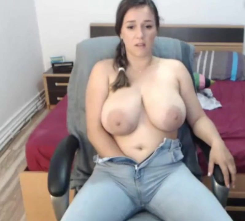 Big White Tits Bouncing