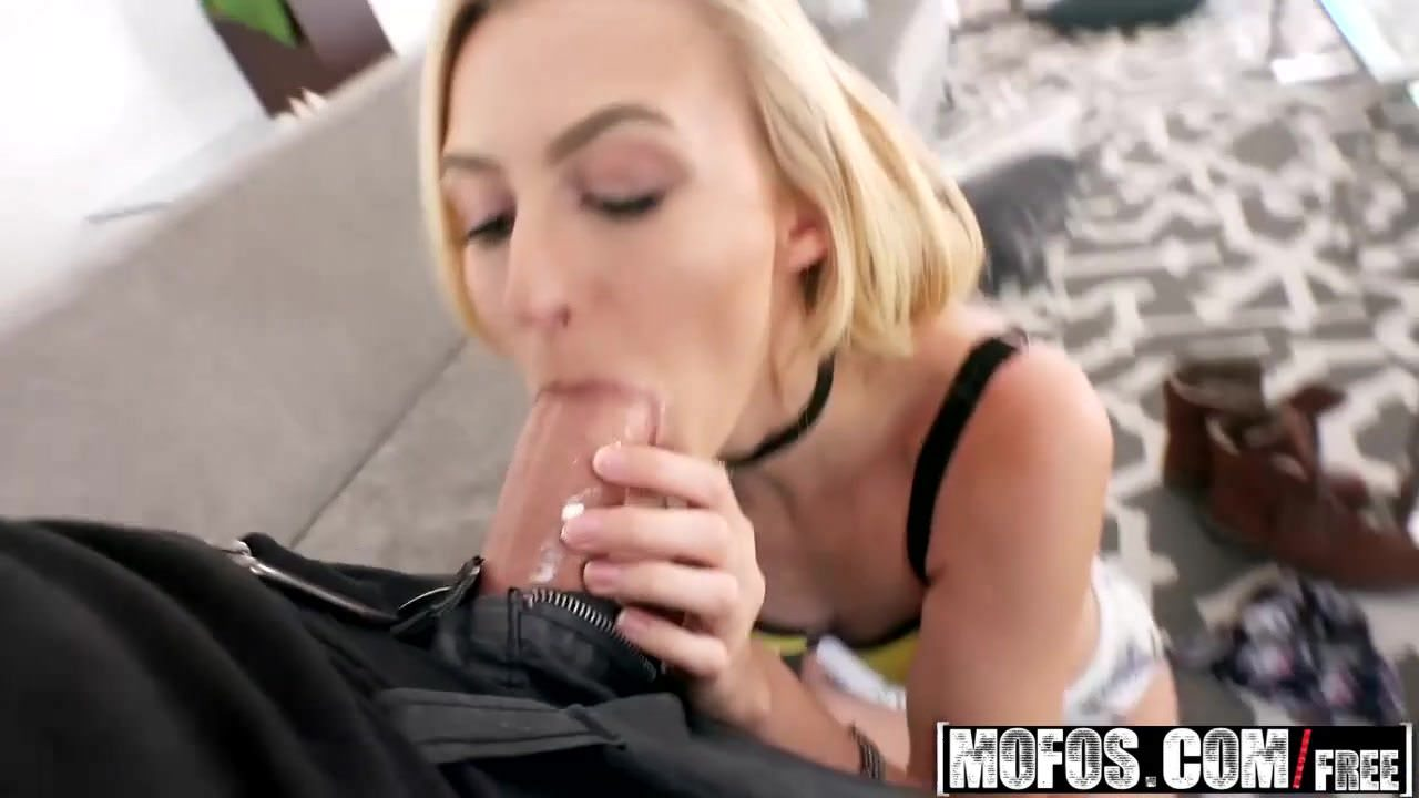 Mofos — Pervs On Patrol — Alexa Grace — Athletic Blonde Play