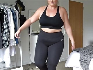 BBW Cameltoe in Yoga Pants fast motion