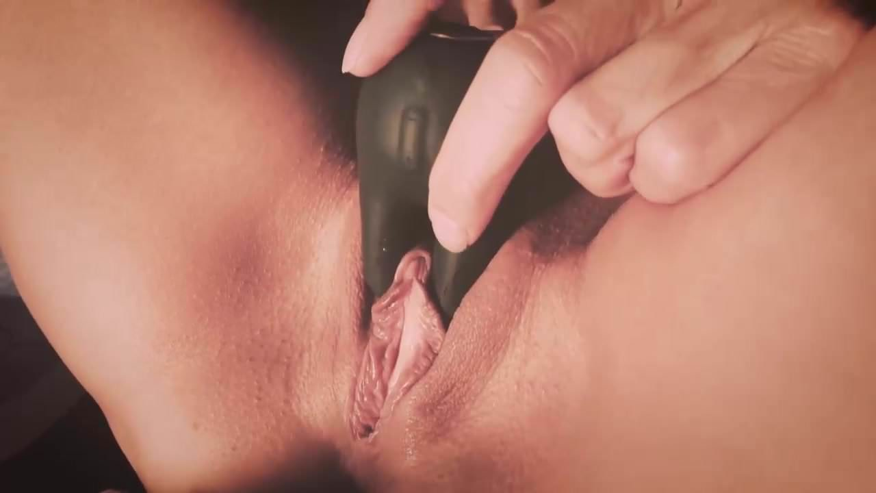 Shaved Blonde Pussy Close Up Masterbating To Perfect-5799
