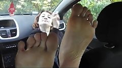 Turkish girl foot fetish meeting in car ( feet licking )