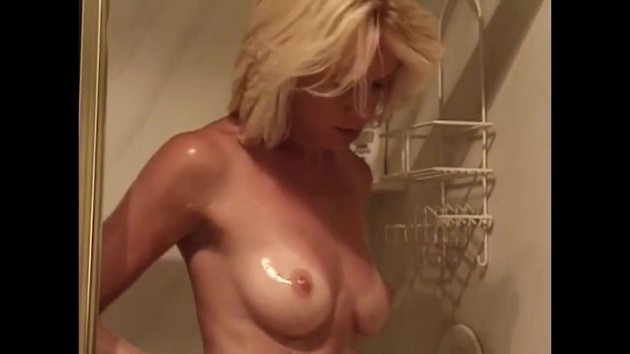 Party boob slip