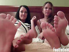 Worship my feet good and I will give you a reward