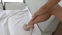 Anna Lena tender loving care for high heeled legs
