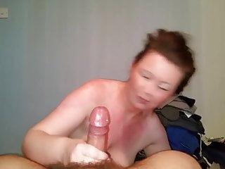 Download video bokep Ponytail bint chugs cock Mp4 terbaru