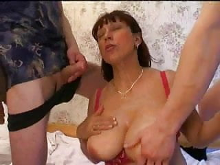 Download video bokep Russian Mom with Not Her Sons Mp4 terbaru