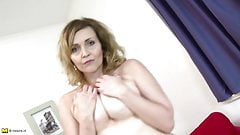 Lovely amateur mother with hungry pussy