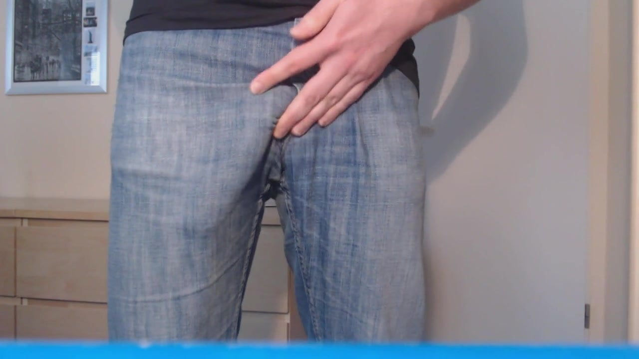 Huge bulge in jeans on cam