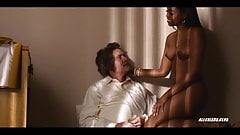 Nafessa Williams in Twin Peaks - S03E03