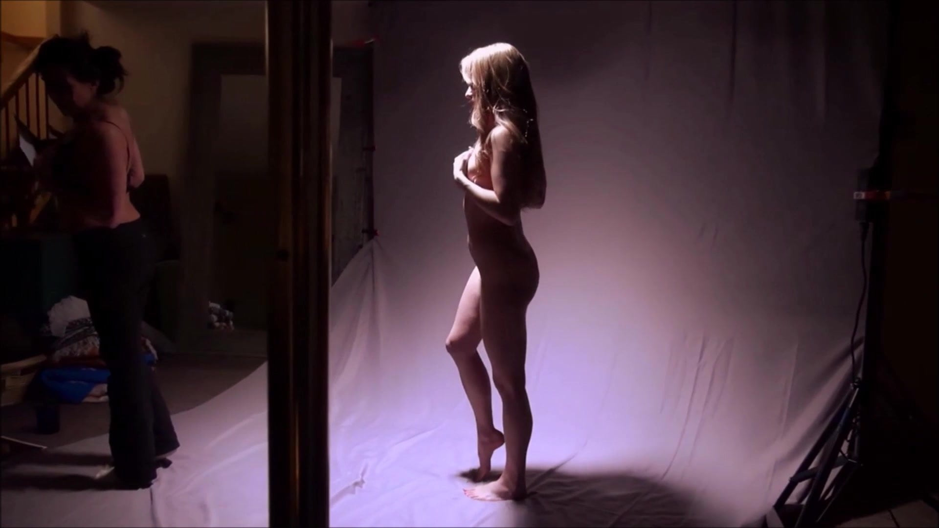 shoot-preview bare ladies