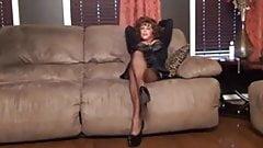 SEXY LEGS,MILFA,,HIGH HEELS