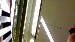 sous les jupes supermarket 2