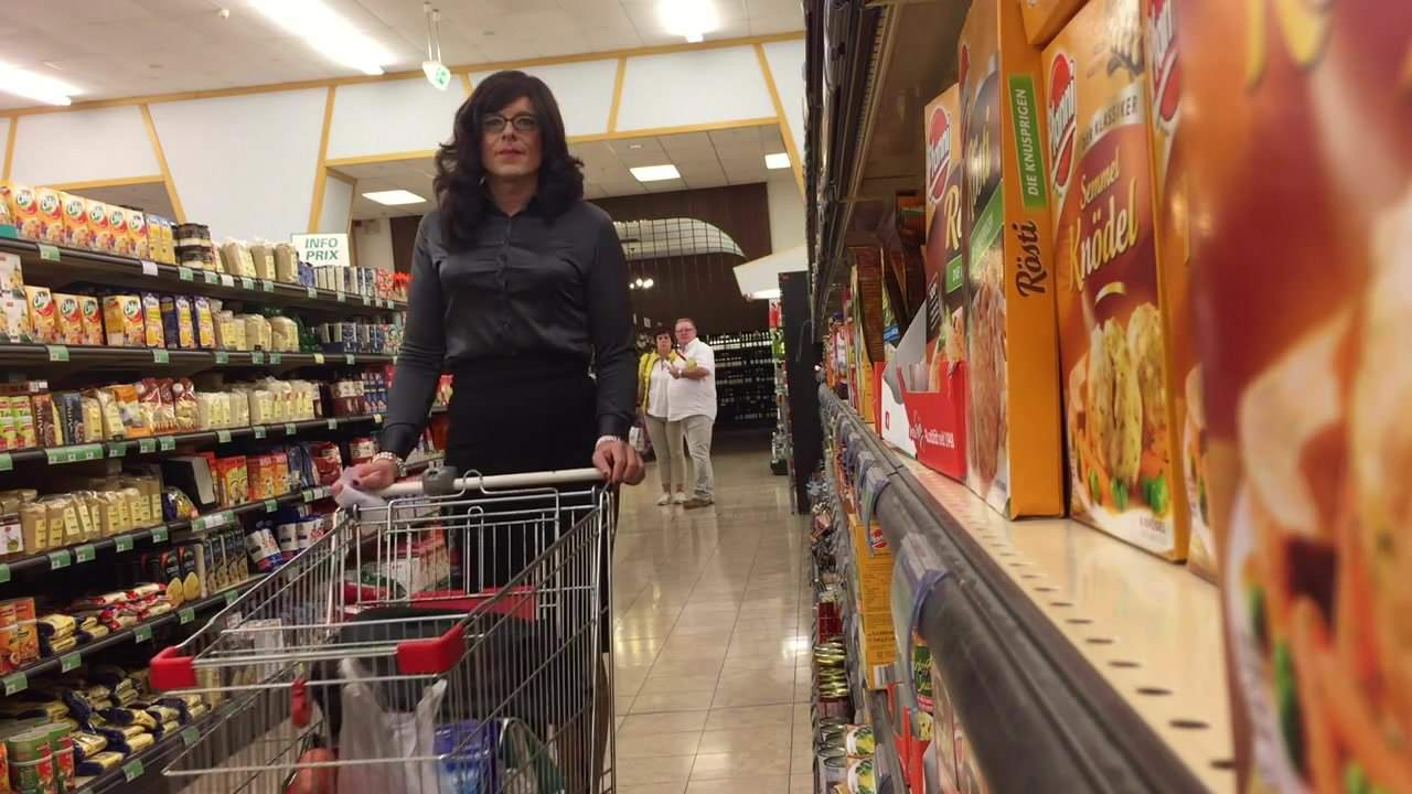 lesbian-sex-wife-super-market-video-hairy-pussy