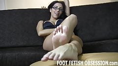 I need to have my feet worshiped regularly
