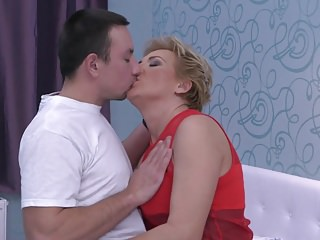 Taboo sex with hot aunt and lucky young son