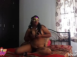 Chubby Indian College Girl With Her Boyfriend Ready For Sex