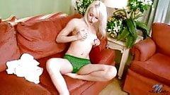 Amazing Blonde Ashleyjane Large Dildo Fucking