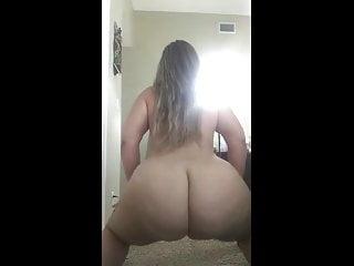 Sexy BBW Naked Twerk