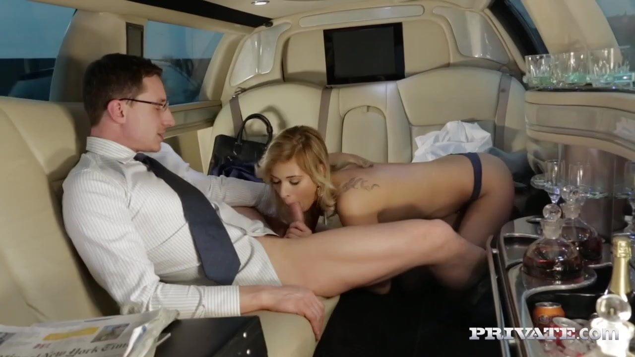 Секс в лимузине на ходу, смотреть минет прага