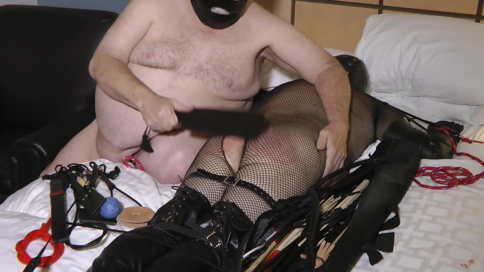 05-Sep-2019 The sissy boot faggot 1st session