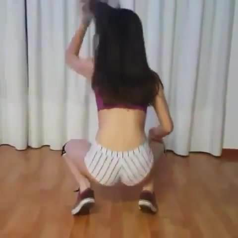 Free download & watch white teen twerking non nude         porn movies